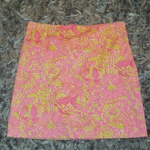 Lilly pulitzer pink floral skirt euc size 2